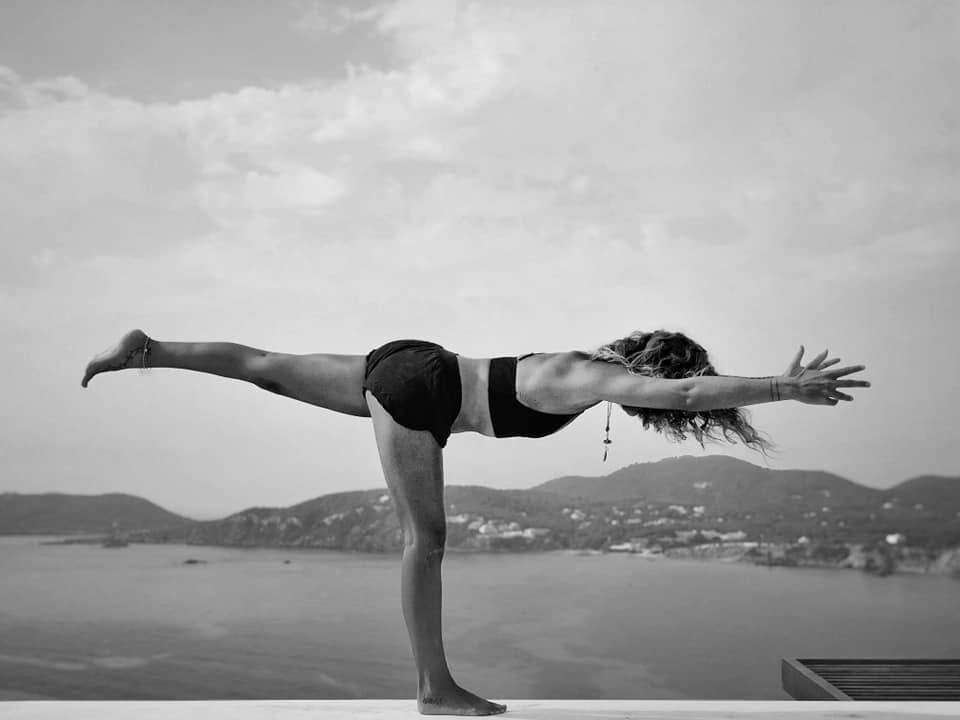 postures asana pratique yoga